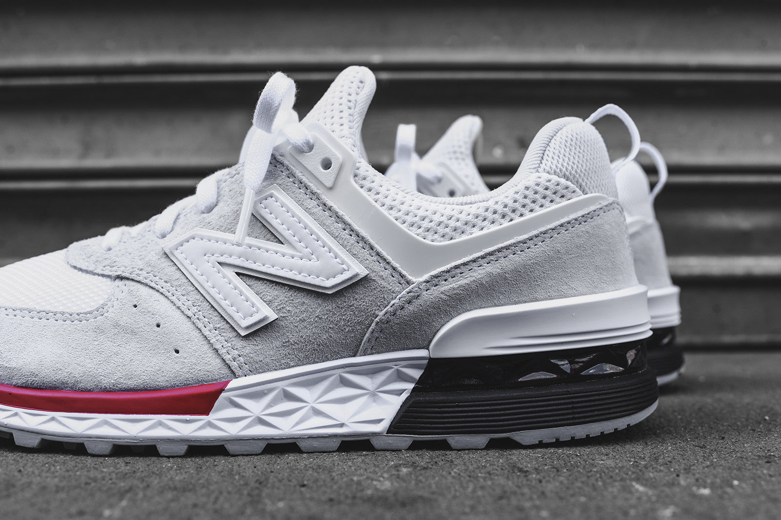 New Balance 574 Sport - White / Red