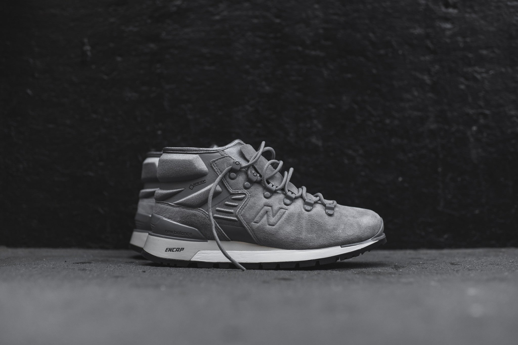 New Balance Niobium Boot - Grey / White