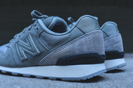 New Balance WMNS 696 - Seed Green