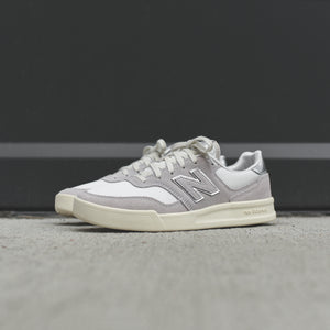 New Balance WMNS WRT300v2 - Light Grey / Silver