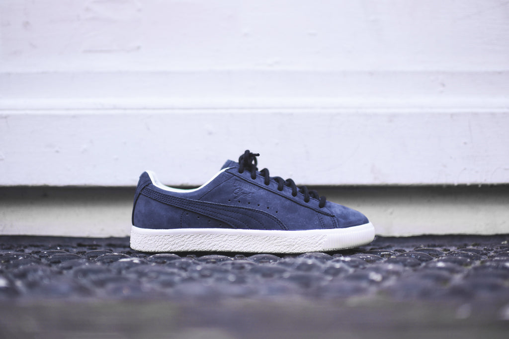 f7859627c16 Puma Clyde Frosted - Navy   White – Kith