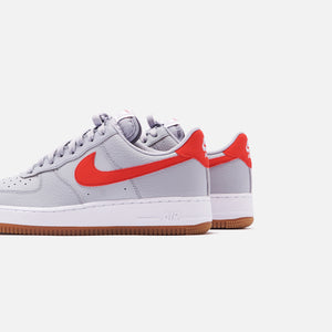 Nike Air Force 1 '07 LV8 Low - Wolf Grey / University Red / White Gum Image 5