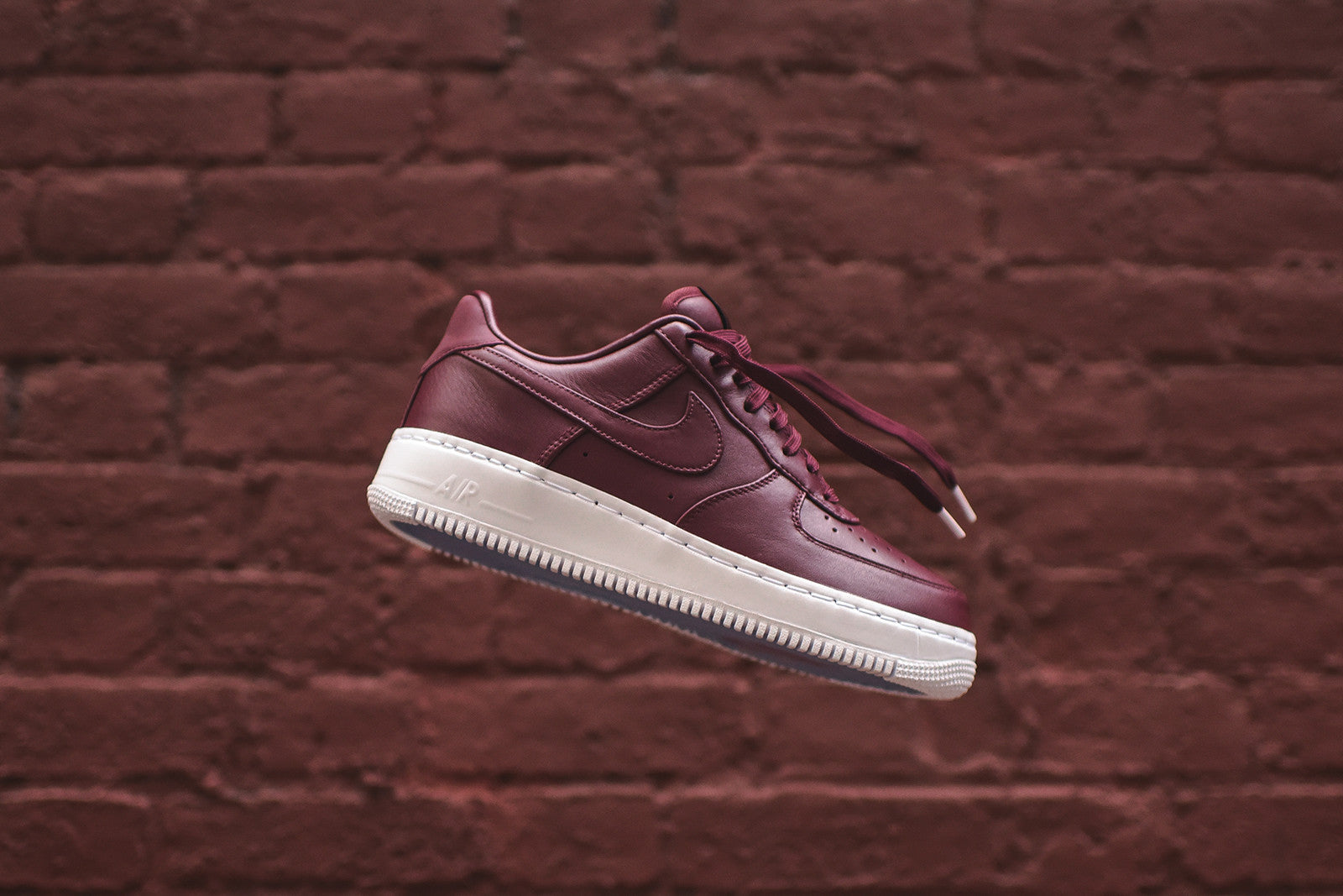 NikeLab Air Force 1 Low - Maroon