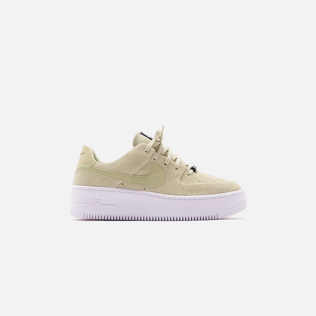Nike WMNS Air Force 1 Sage Low - Olive