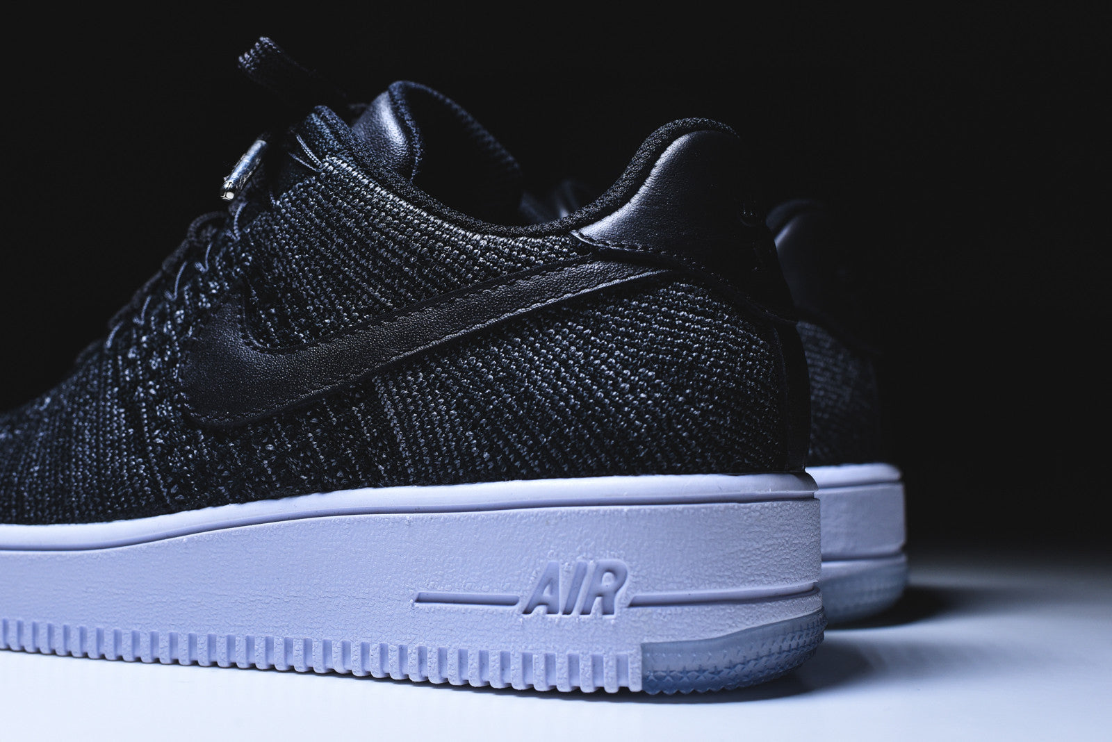 Nike WMNS Air Force 1 Flyknit Low - Black