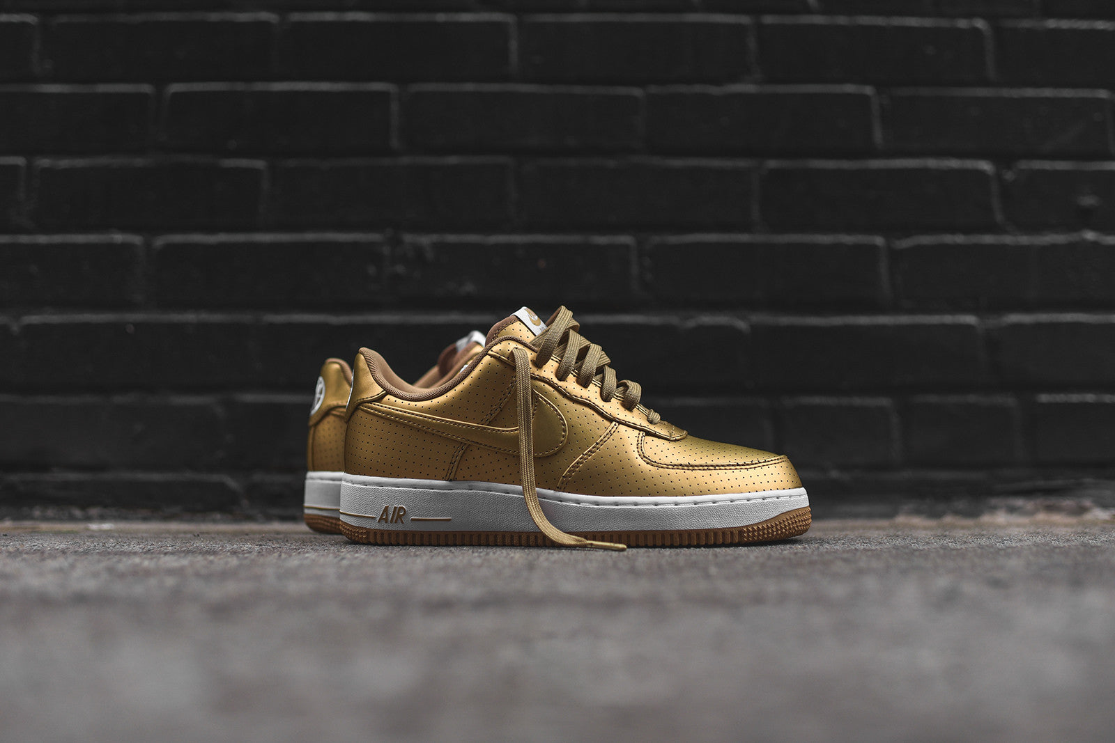 Nike Air Force One '07 LV8 - Gold