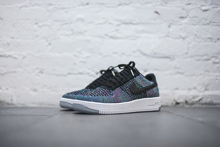 Nike Air Force 1 Flyknit Low - Black / Voltage Green