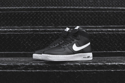 Nike Air Force 1 High '07 - Black / White