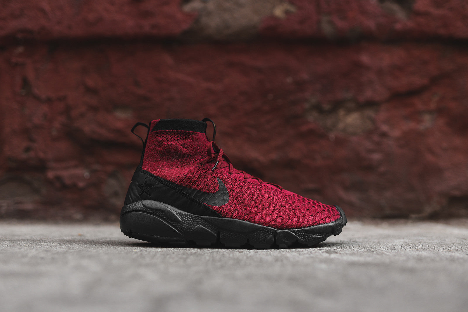 Nike Air Footscape Magista Flyknit FC - Maroon