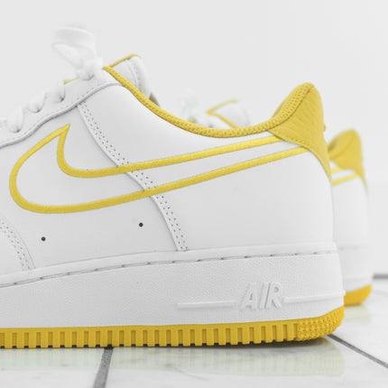 Nike Air Force 1 '07 - White / Yellow