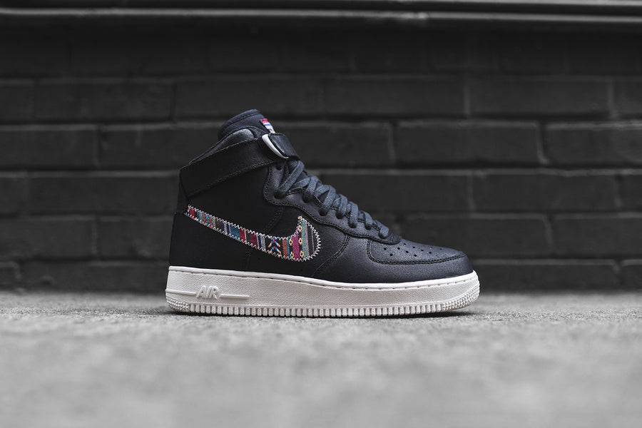 Nike Air Force 1 07 High LV8 - Black / White