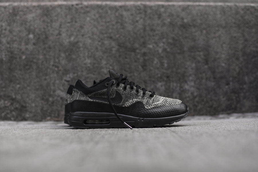 Nike Air Max 1 Ultra Flyknit - Olive / Black