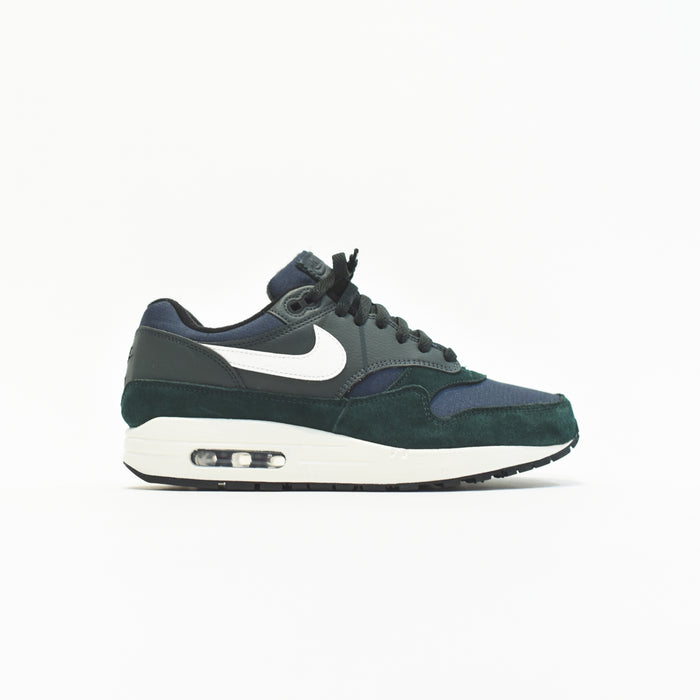 Nike Air Max 1 - Outdoor Green / Sail / Black