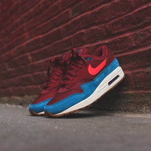 Nike Air Max 1 - Team  Red / Orbit Green / Abyss White