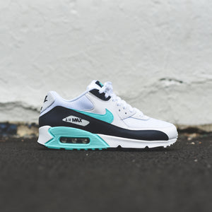 new concept 79c9c 59d47 Nike Air Max 90 Essential - White   Aurora Green