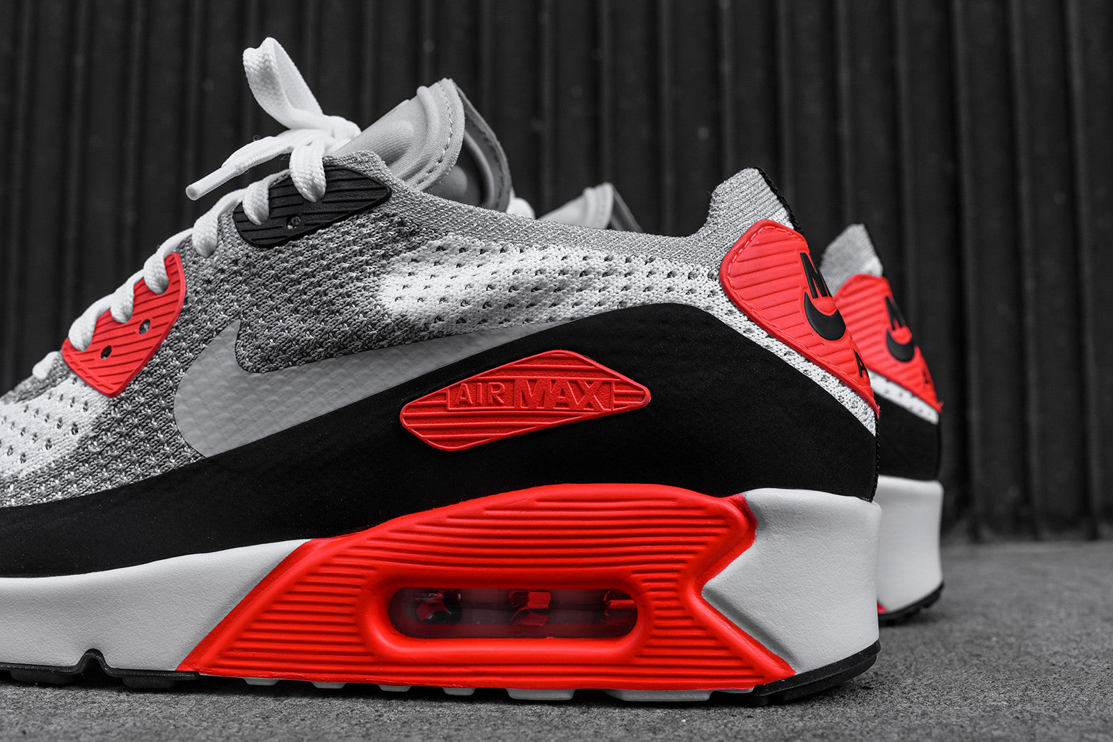 Nike Air Max 90 Ultra Flyknit - Infrared / White / Black