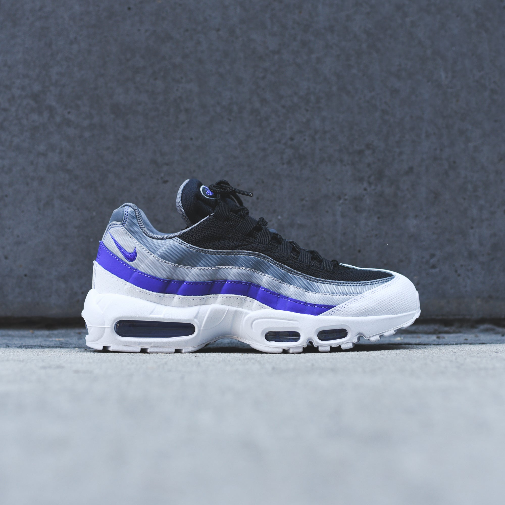Nike Air Max 95 SE PRM W shoes purple blue