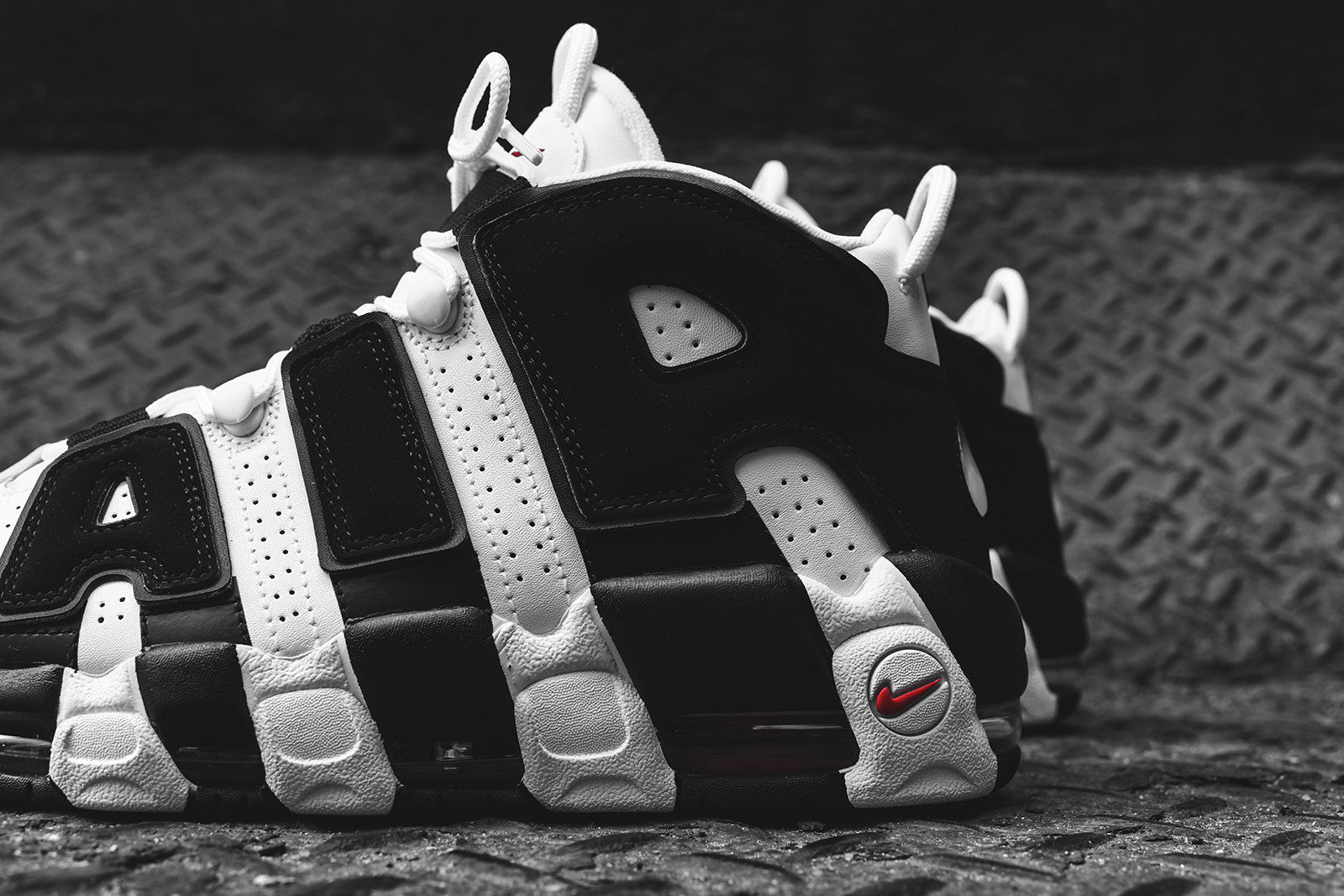 official store mens nike air more uptempo white f9628 0b2ce