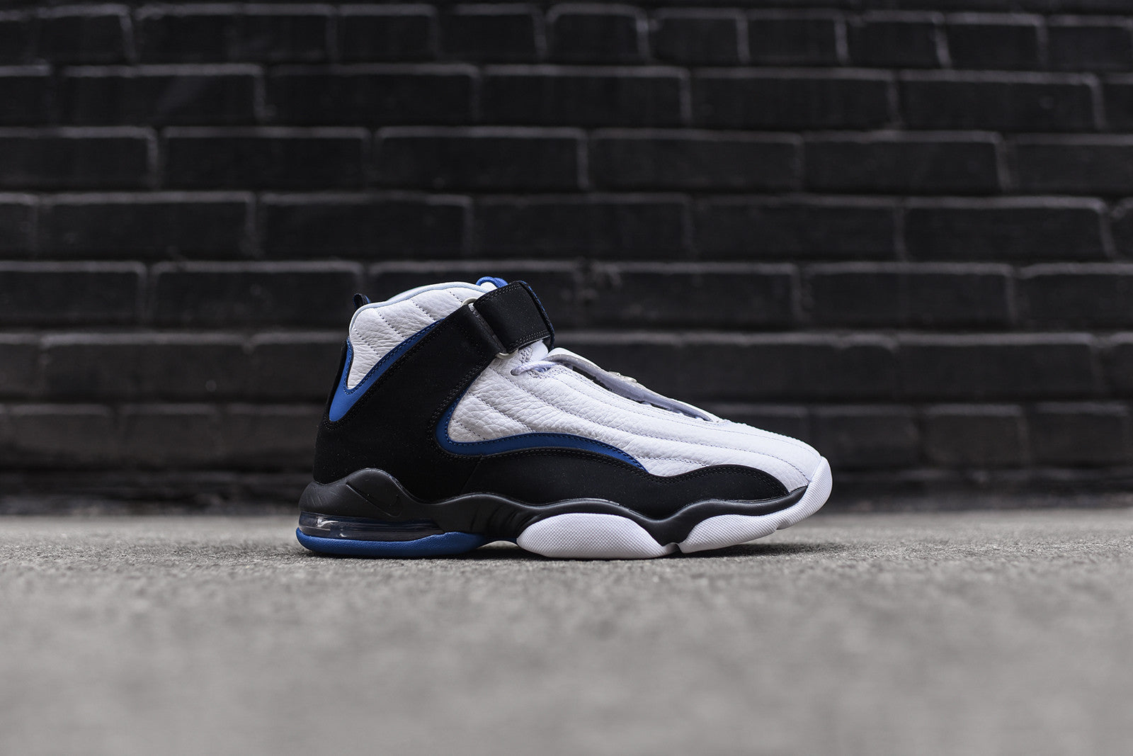 Nike Air Penny IV - White / Black