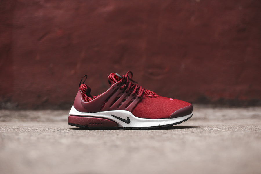 Nike Air Presto Essential - Team Red / White