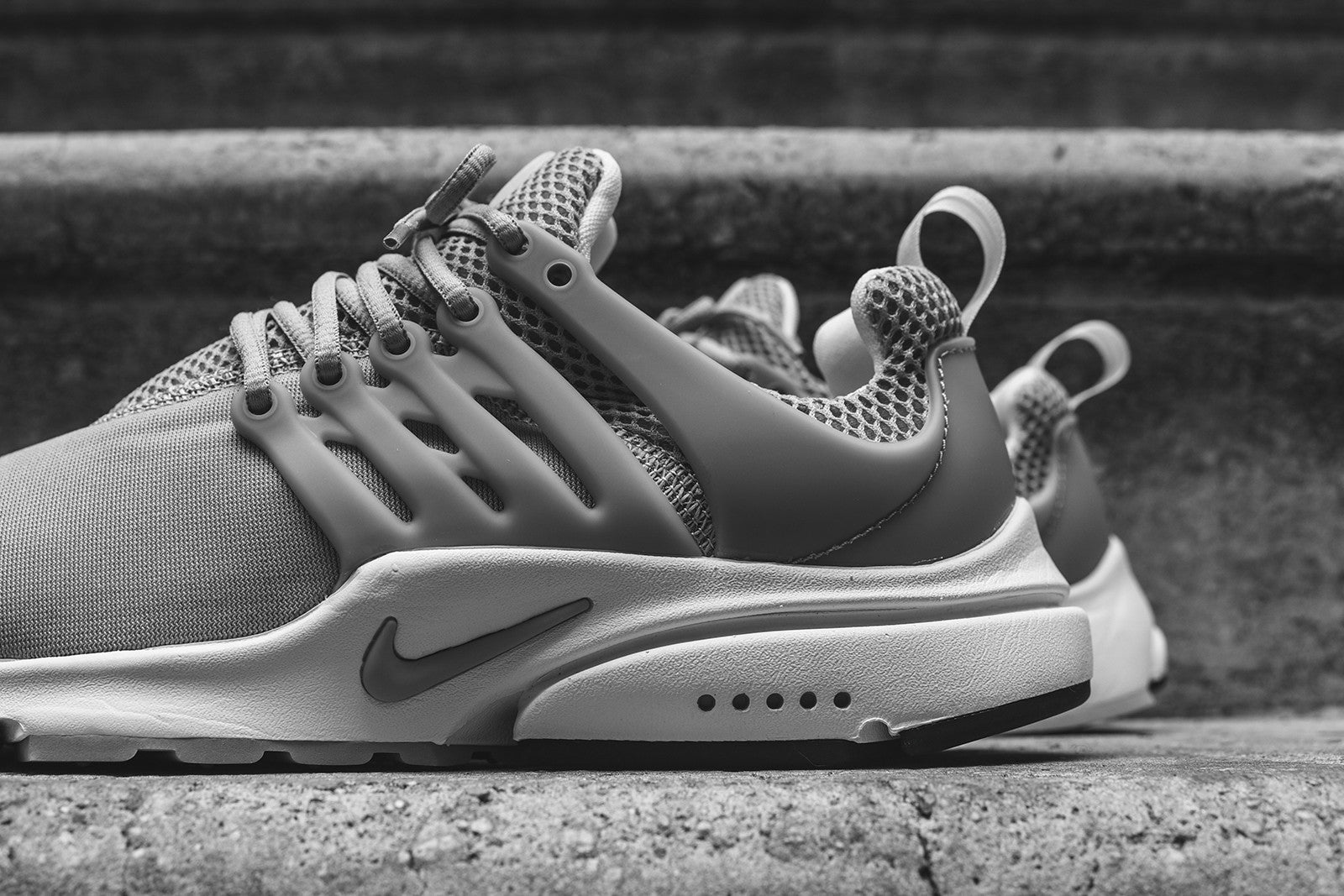nike air presto essential grey white kith. Black Bedroom Furniture Sets. Home Design Ideas