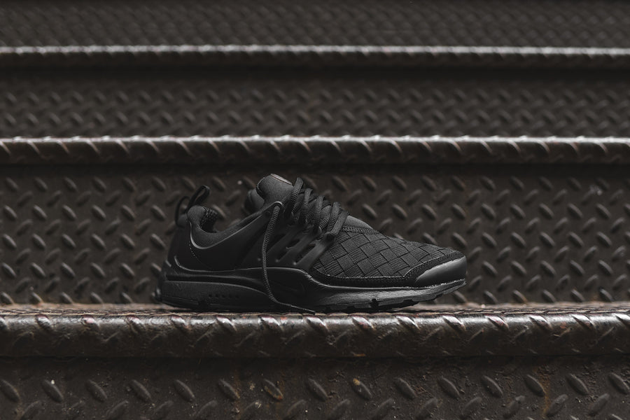 Nike Air Presto SE - Triple Black