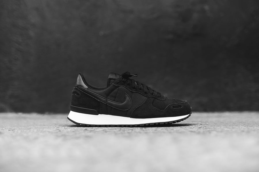 Nike Air Vortex - Black / White