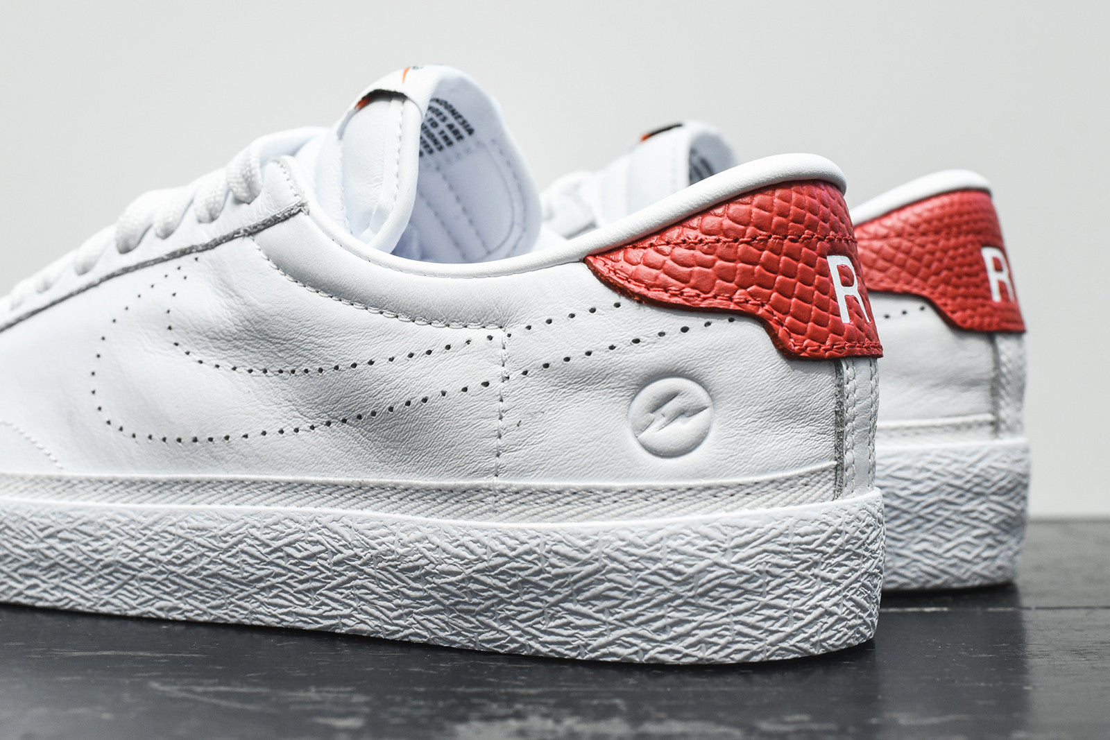 Nike x Fragment Design Air Zoom Tennis Classic - White / Red