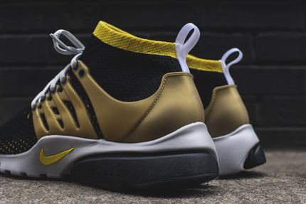 Nike Air Presto Ultra Flyknit - Black / Yellow