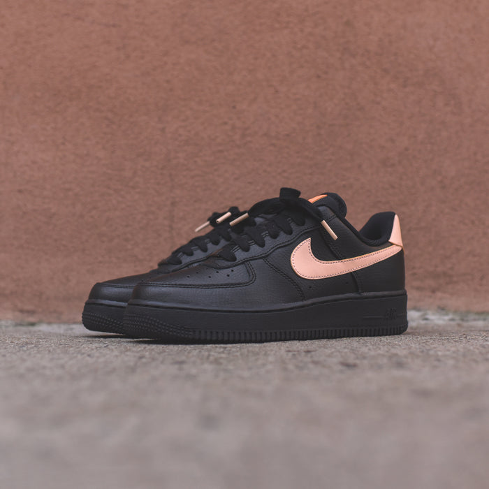 Nike WMNS Air Force 1 - Black / Cream
