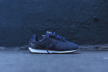 Nike WMNS Pre Montreal Racer - Obsidian / Gum
