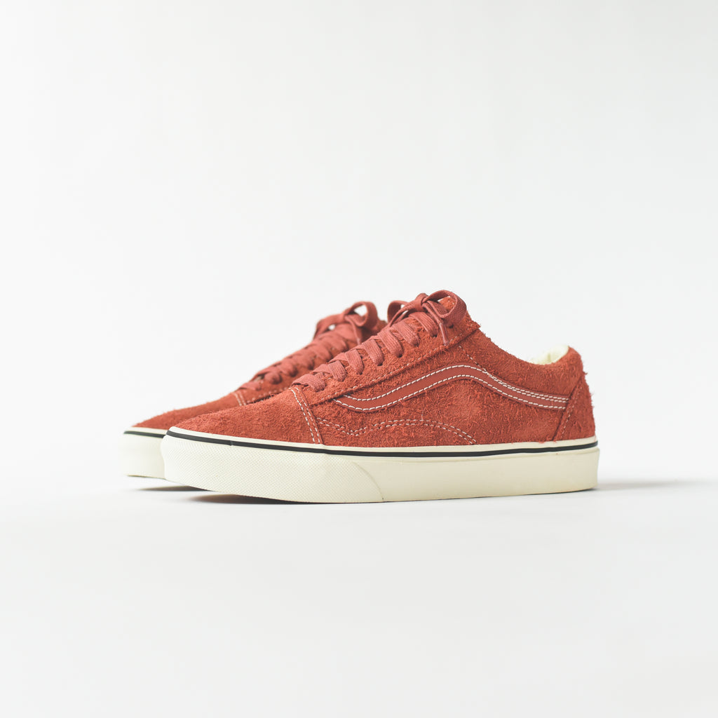 de8385d09d61 Vans Old Skool Hairy Suede - Hot Sauce   Snow White – Kith