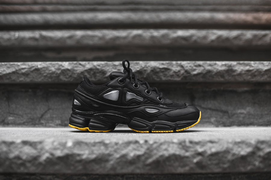 adidas by Raf Simons Ozweego III - Black / Yellow