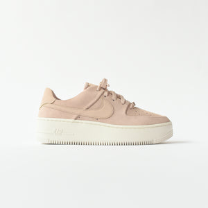 Nike WMNS Air Force 1 Sage Low - Beige / White