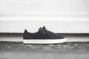 sports shoes cfb7e f0336 Puma Clyde Frosted - Black / White – Kith