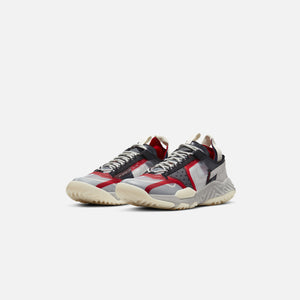 Nike Air Jordan Delta Breathe - Clear / Med Grey / Light Bone / Varsity Red