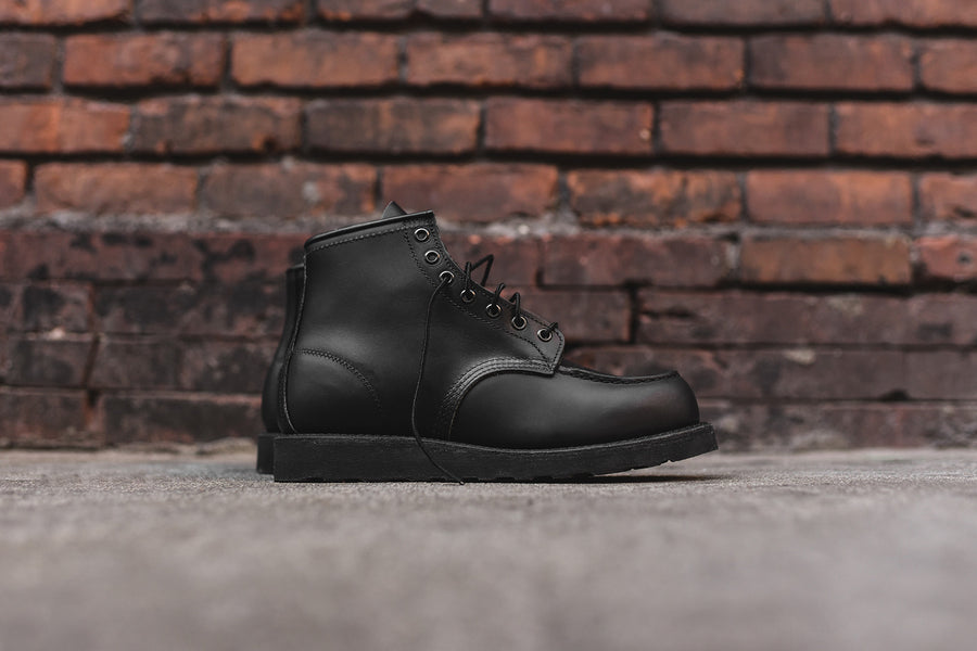 "Red Wing Classic Moc Toe 6"" - Black / Skagway"