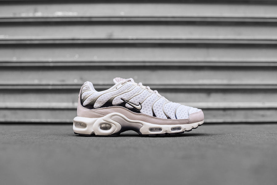 NikeLab Air Max Plus - Sail / Black