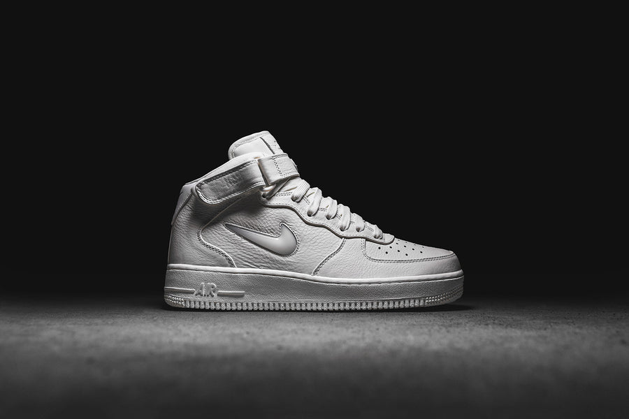 NikeLab Air Force 1 Mid Retro PRM - Sail