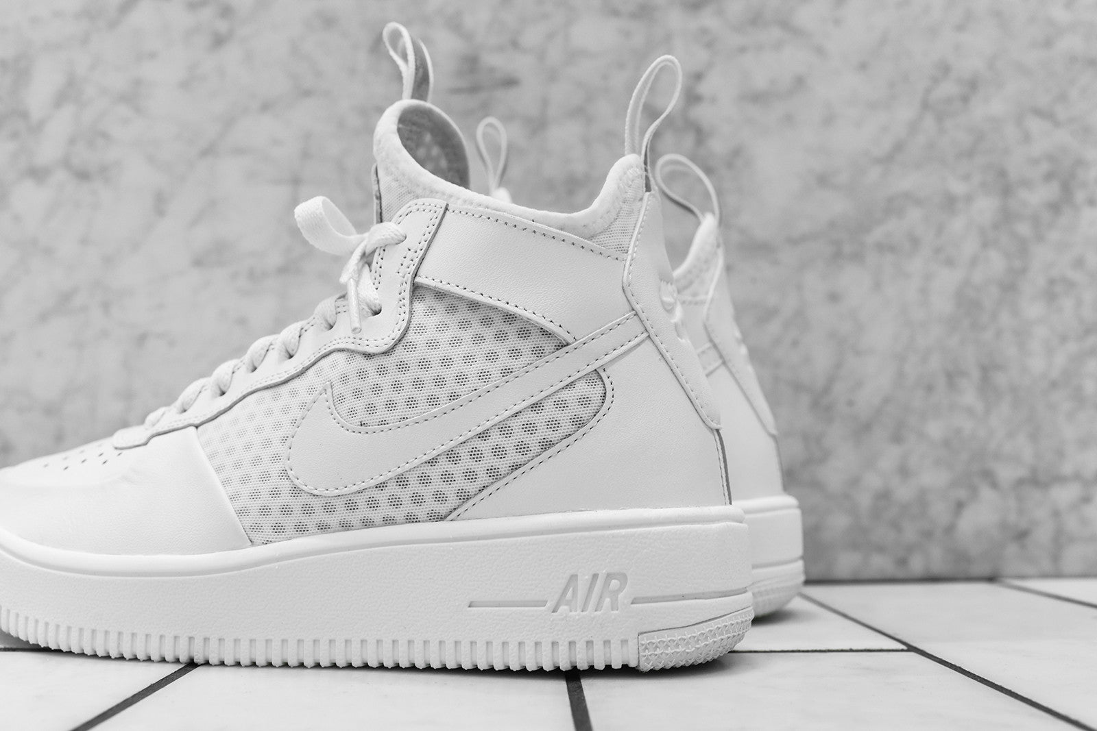 Nike WMNS Air Force 1 Ultraforce Mid - Summit White