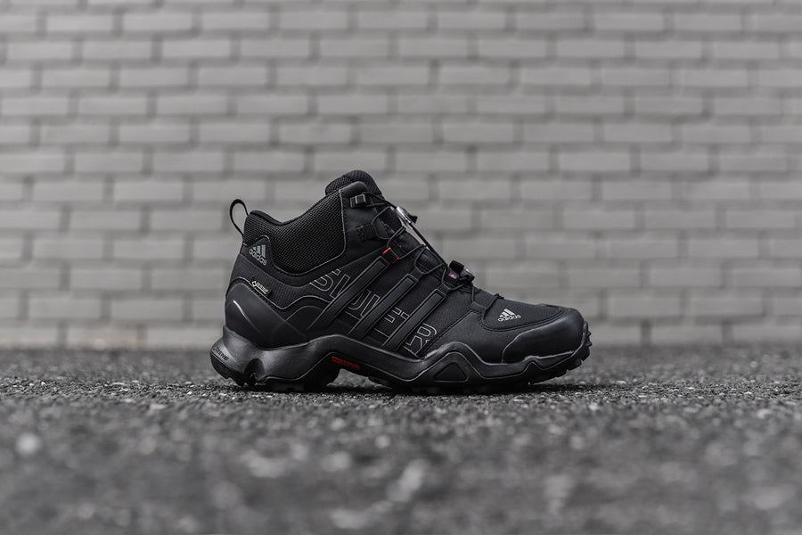 adidas Outdoor Terrex Swift R Mid GTX - Black / Grey / Red