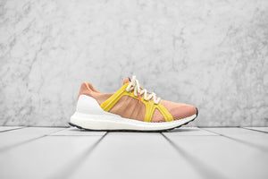 bd9b3c7b09be4 adidas by Stella McCartney WMNS UltraBoost - Apricot Rose