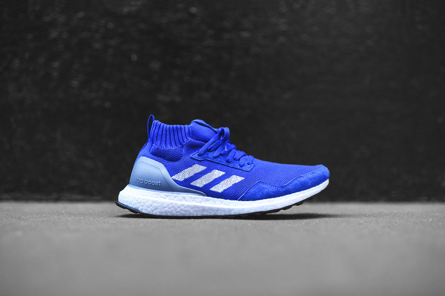adidas Consortium UltraBoost Mid Run Thru Time - Blue / White