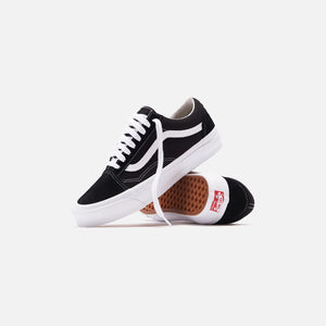 Vans UA OG Old Skool LX - Black / True White Image 2