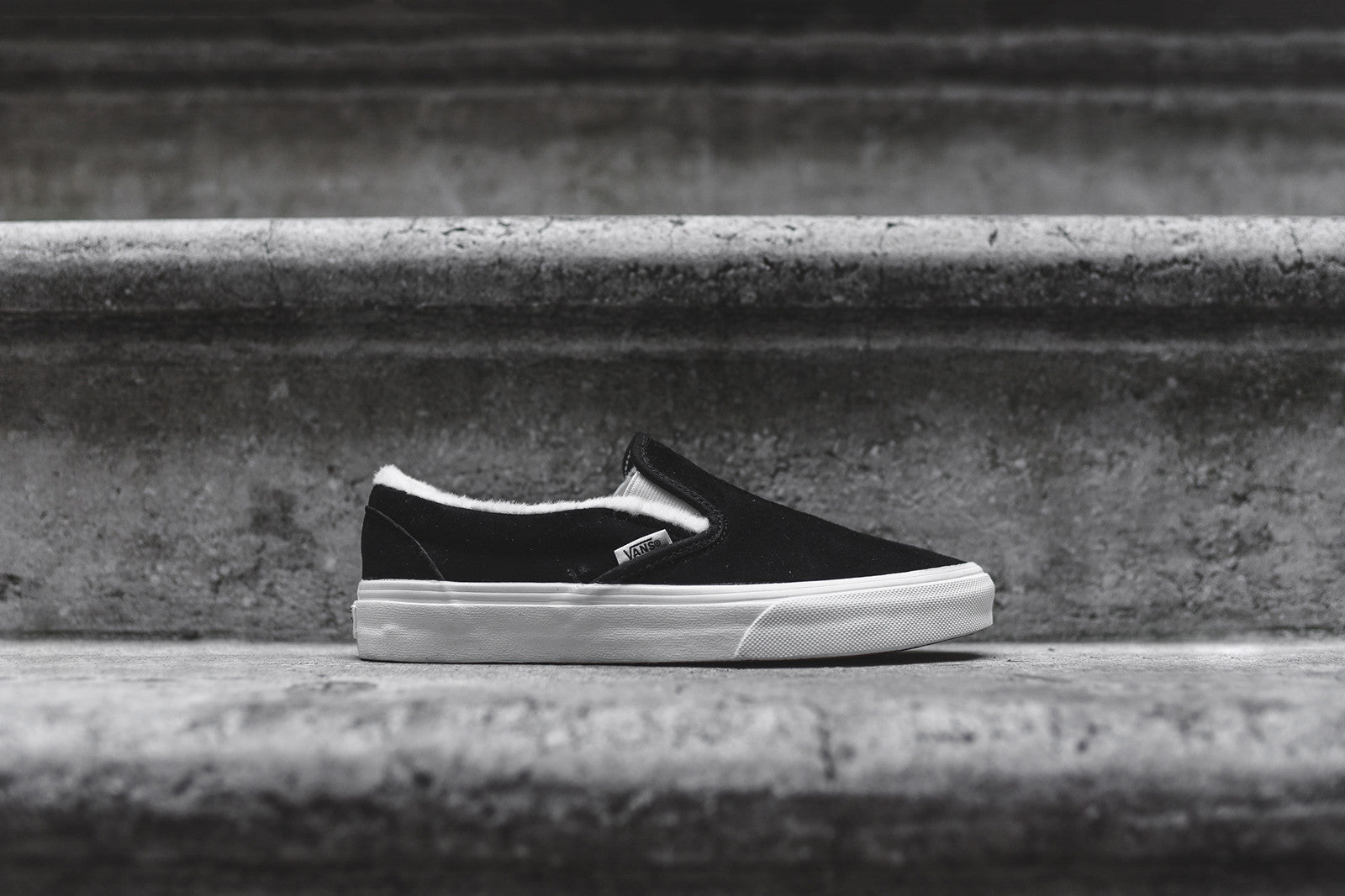 Vans wmns classic slip on black white