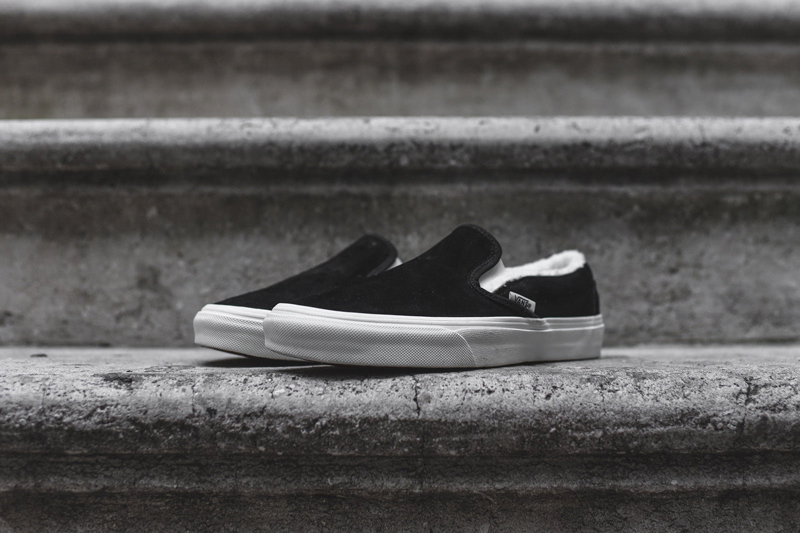 Vans WMNS Classic Slip-On - Black / White