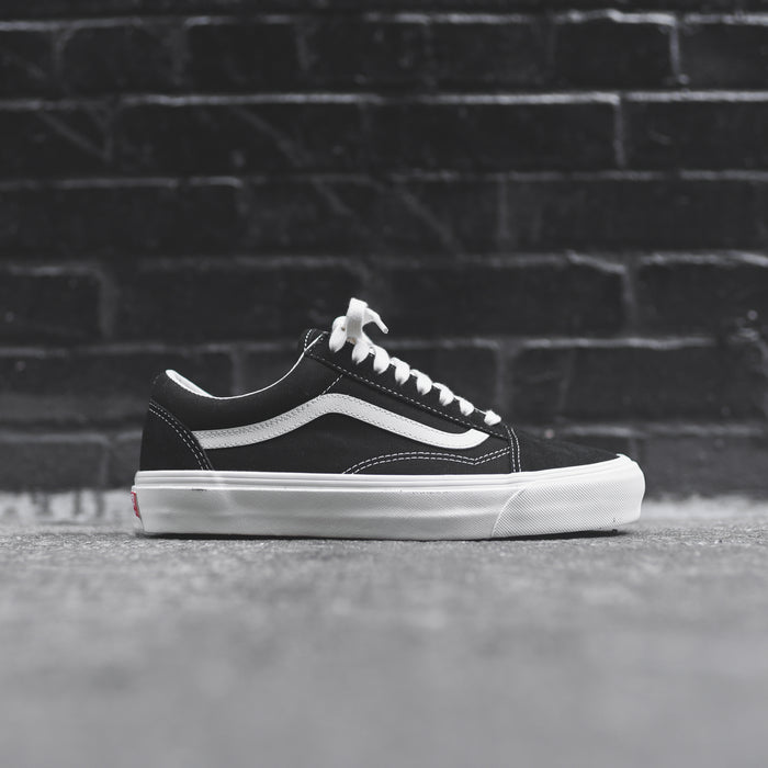 Vans OG Old Skool LX - Black / Marshmallow