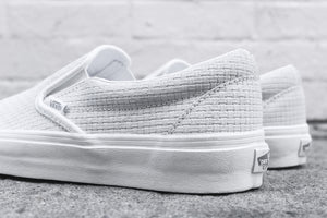 Vans WMNS Classic Slip-On Braided - White