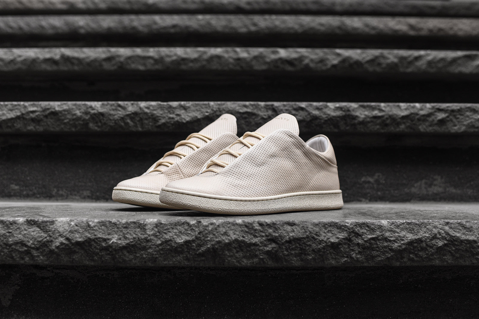 Ylati Virgillio Low - Beige / Crust