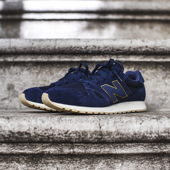 New Balance WMNS 520 - Navy / White